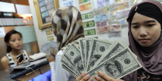 dahlan-akui-masih-ada-perdagangan-antar-bumn-gunakan-dolar