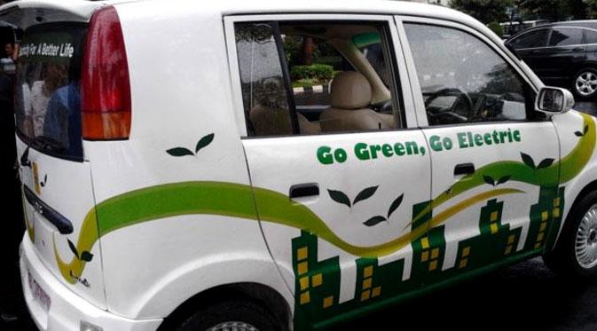 Dahlan Iskan - Moblis Listrik Go Green